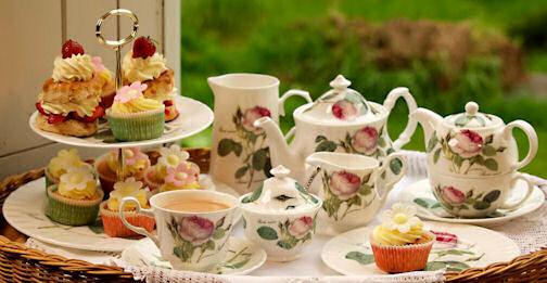 roy-kirkham-teaware-redoute-mariakalas